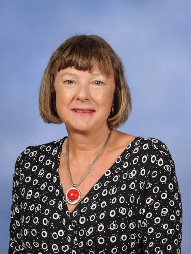 Mrs Karen Jackson