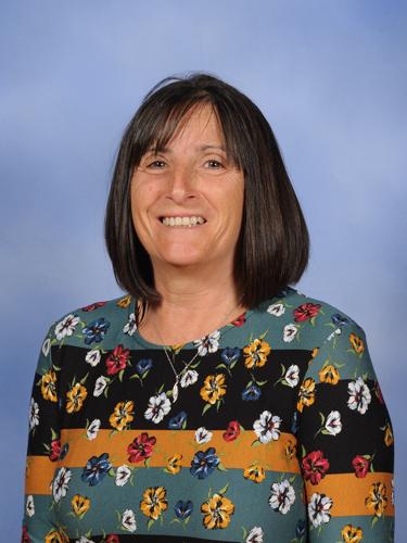 Ms Kim Minshall